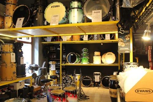 ringo-music-negozio-batterie-percussioni-torino