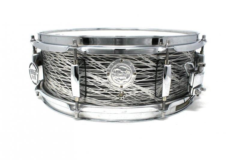 Vibe Break Custom 14x5 Platinum Lines Over Total Black snare snaredrum drum